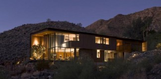 The Jarson Residence in Paradise Valley, Arizona by Will Bruder + Partners