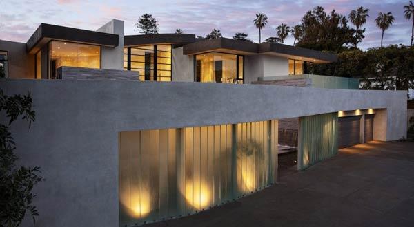 San Vicente House in California by McClean Design