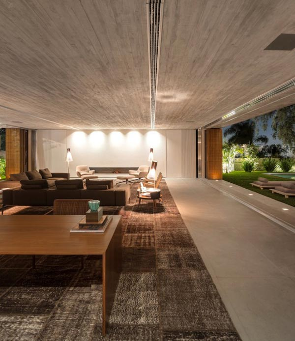House P in Sao Paulo, Brazil by Studio MK27