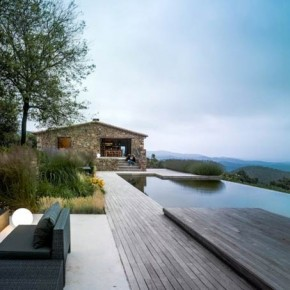 Restored Farmhouse in Girona, Spain by ZEST Architecture