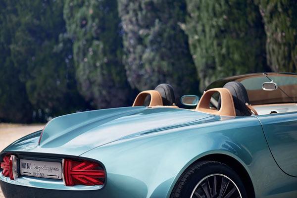 The distinctive tail fin of the Mini Cooper roadster concept.