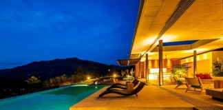 Terrace, infinity pool, and a breathtaking view of the countryside