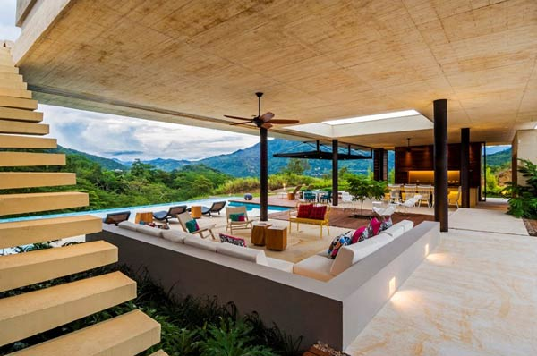 Spacious relaxing area of the house in Villeta, Colombia