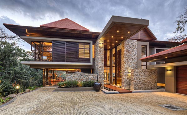The SGNW House is located in the Zimbali forest estate.