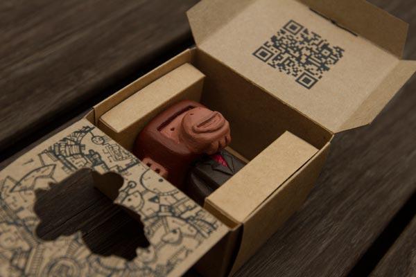 Open ape figure packaging