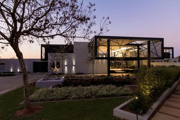 House Ber located in Carlsworld, Midrand, South Africa by Nico and Werner van der Meulen.
