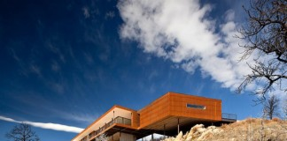 The Sunshine Canyon Residence in Boulder, Colorado by THA Architecture.