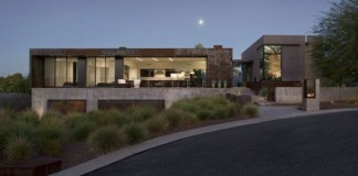 The Yerger Residence in Phoenix, Arizona by Chen + Suchart Studio.