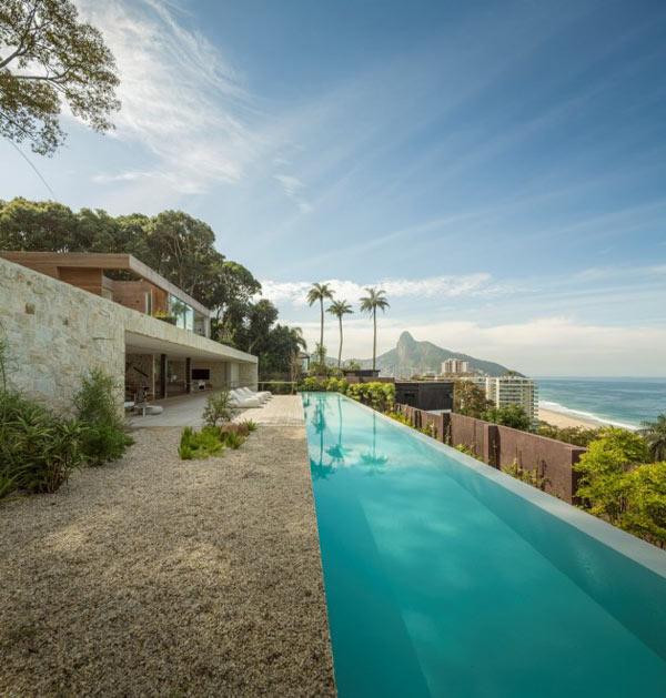 Dream House in Rio de Janeiro by Studio Arthur Casas