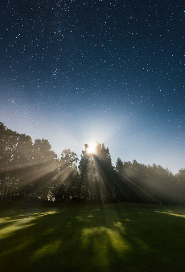 Night photography by Mikko Lagerstedt.