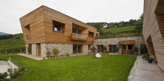 Haus Brunner, an old farm transformed into a modern family house.