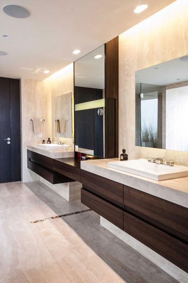 Top notch bathroom interior design.