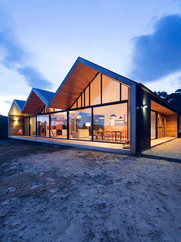 The lookout house in port arthur tasmania by room11 for Modern house plans tasmania