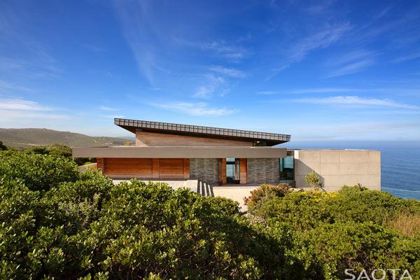 Luxurious architecture by SAOTA at Pezula Estate, Knysna, South Africa.