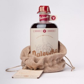 Nalewka - Alcoholic Beverage Packaging by Foxtrot Studio