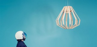 Apollo 8 Command Module is the name of this stylish pendant designed by Gaël Wuithier.