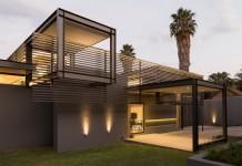 House Sar designed by Werner van der Meulen in Atholl, Johannesburg, South Africa.