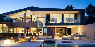 The Groveland House in Vancouver, Canada by Mcleod Bovell.