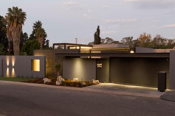 House Sar by Werner van der Meulen located in Johannesburg, South Africa.