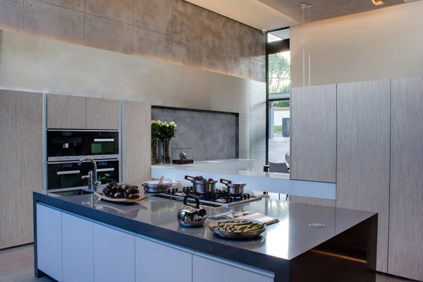 House sar in johannesburg by werner van der meulen for Kitchen ideas south africa