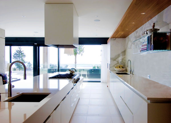 Clean and modern kitchen design.