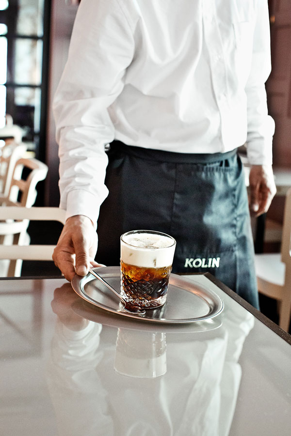 Restaurant ambiance photography.