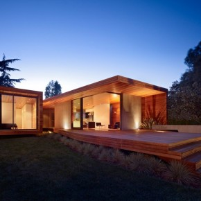 Redesigned Mid-Century Home by Terry&Terry Architecture