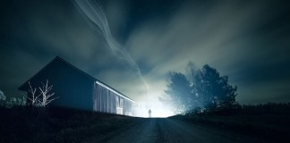 Nocturnal image with a ghostly or otherworldly atmosphere.