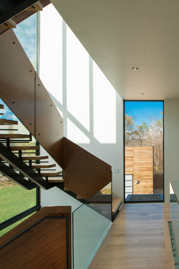 4 Springs Lane, a House by Robert M. Gurney's Architectural Firm