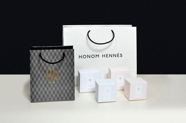 Some packaging of bags and boxes.