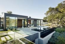 Beverly Hills house by Walker Workshop.