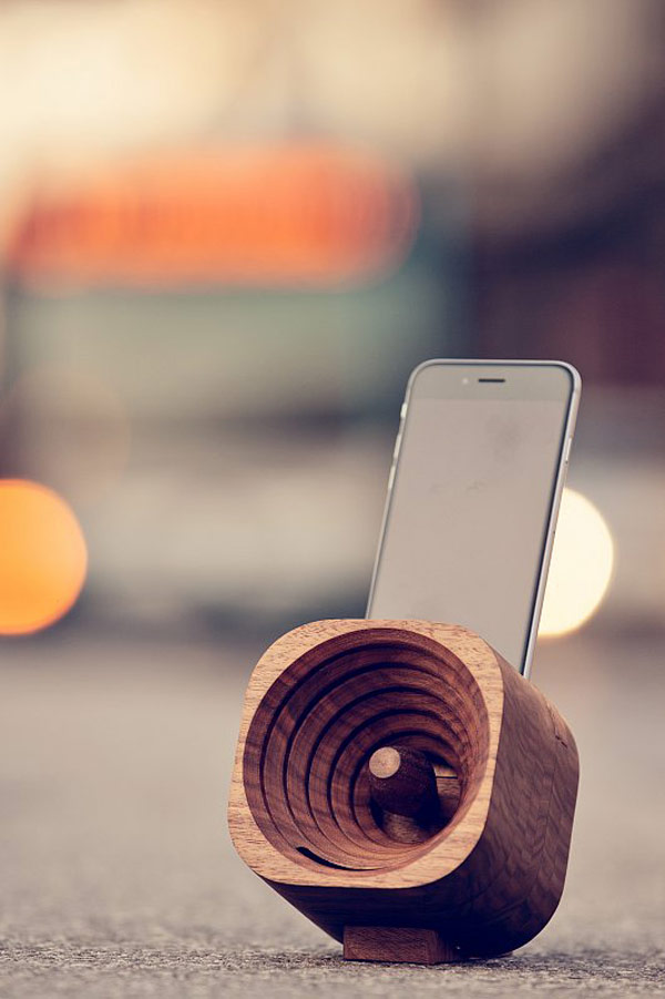 Trobla – Wooden Amplifier for Smartphones