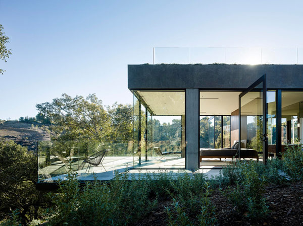 Modern and clean architecture amidst natural surroundings.