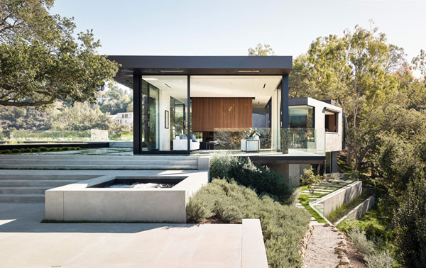 The open plot in Beverly Hills, California is surrounded by over 130 protected Oak trees.