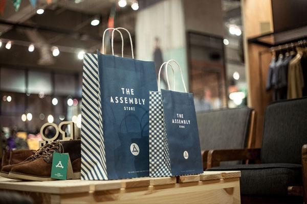 Store paper bags.
