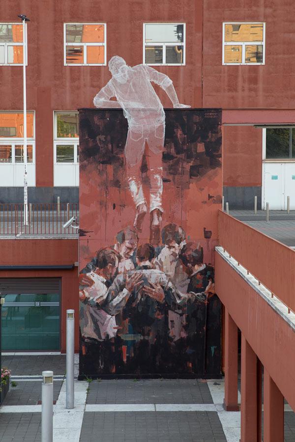 Chained, a collaborative artwork at the Università Bicocca, Milan by Edoardo Tresoldi and Gonzalo Borondo.