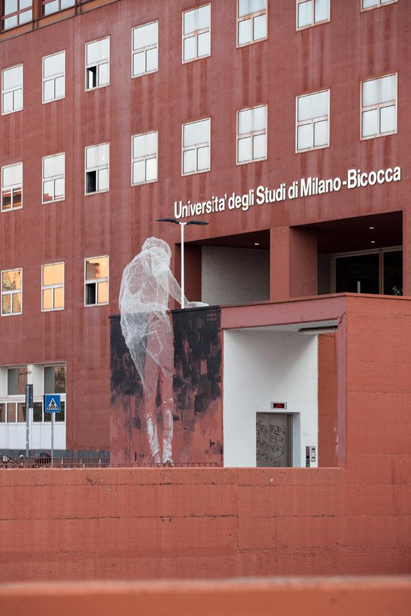 Wire mesh sculpting by Italian artist Edoardo Tresoldi at the Università Bicocca, Milan.