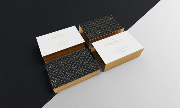 Business cards in a luxurious look with golden edges.