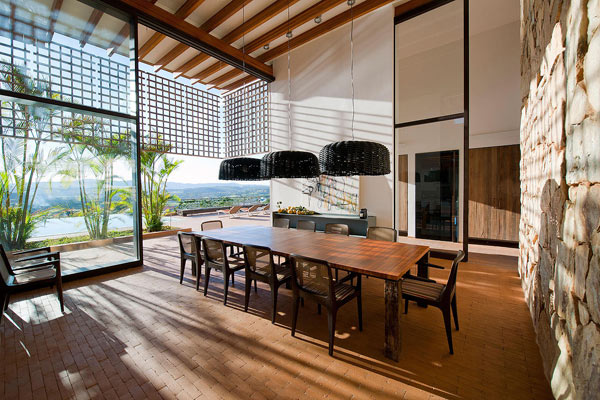 A beautiful dining place with open views of the landscape.