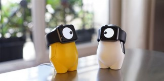 WATCHme – cute little monster charging stand for smartwatches.