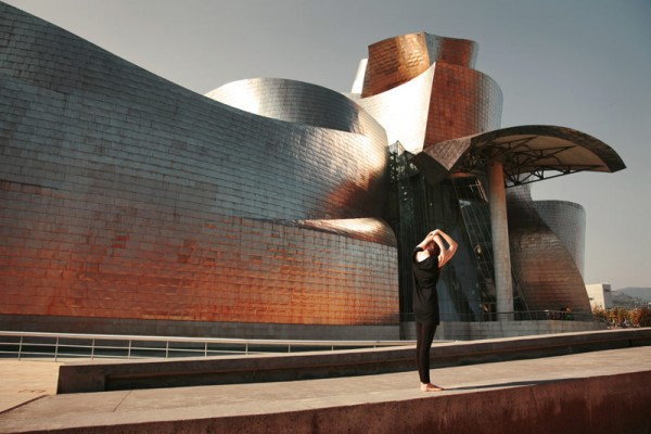 A performance based on the buildings architecture.