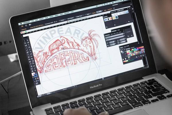 Safari logo creation in Adobe Illustrator.