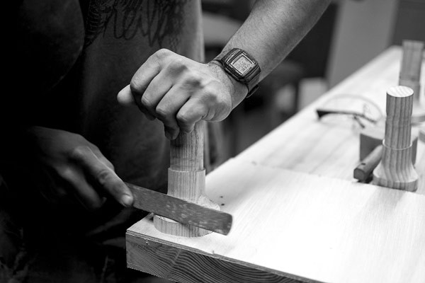 An image of the production of the table.