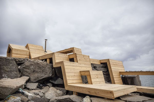 The Bands is a seaside sauna in Norway designed by The Scarcity and Creativity Studio.