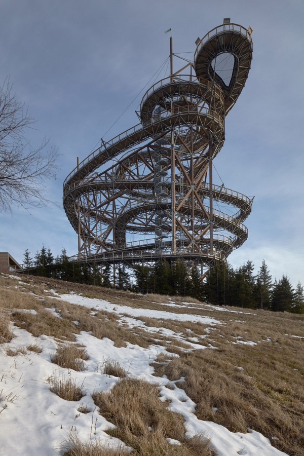 The construction is reminiscent of an old-fashioned roller coaster.