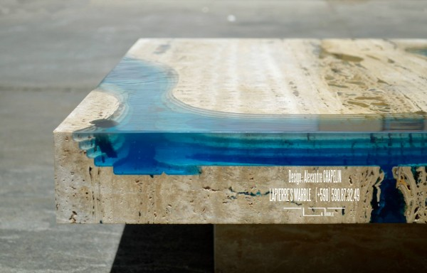 The close up view of the edge shows the volume of the lagoon in the table.
