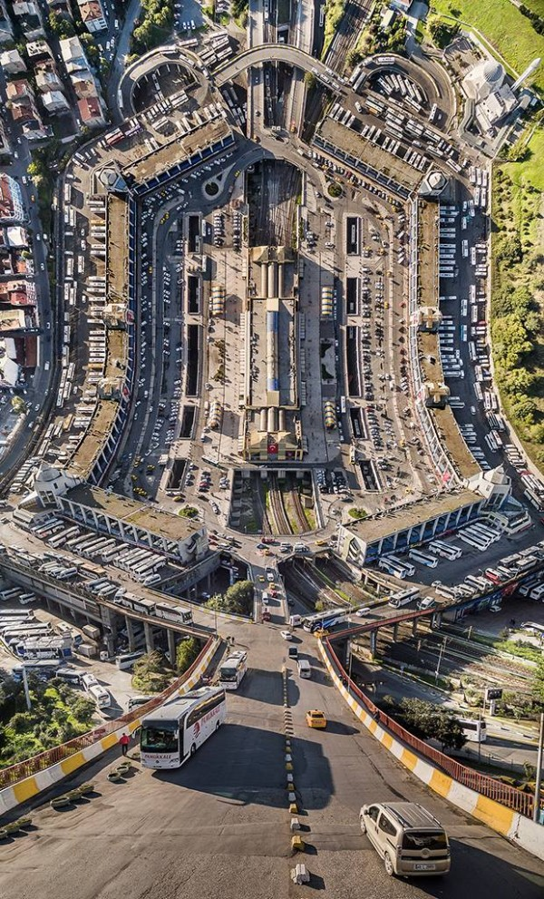 Streets and buildings surreal warped by Aydın Büyüktaş.