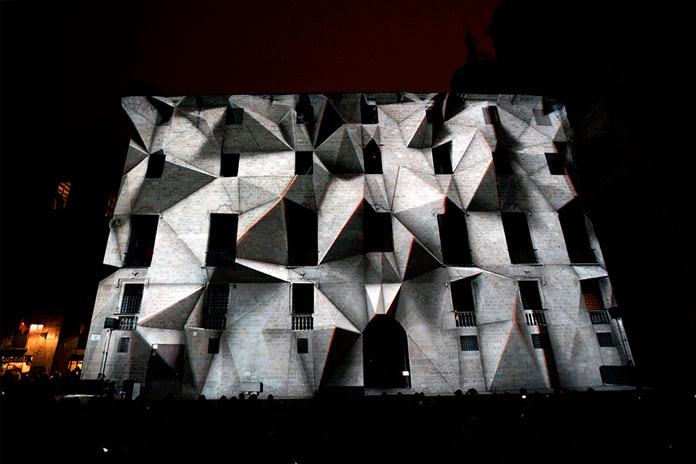 'Axioma' is a spectacular 3D stereoscopic mapping created by the multidisciplinary studio Onionlab.