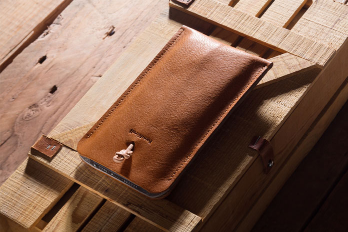 A beautiful leather case for the smartphone.