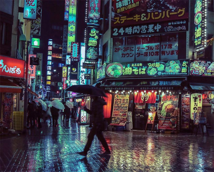 Kabukichō nights captured by photographer Liam Wong.